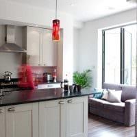 вариант красивого декора квартиры с диваном фото