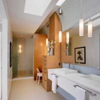 вариант яркого интерьера ванной комнаты в квартире фото
