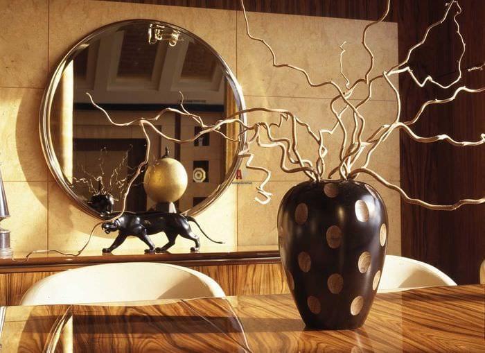 вариант яркого стиля комнаты