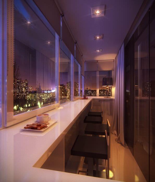 вариант современного стиля небольшого балкона