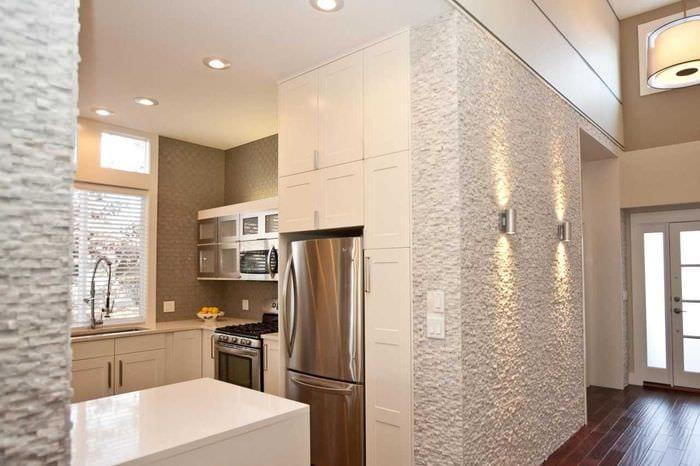 вариант яркого дизайна квартиры с декоративной штукатуркой