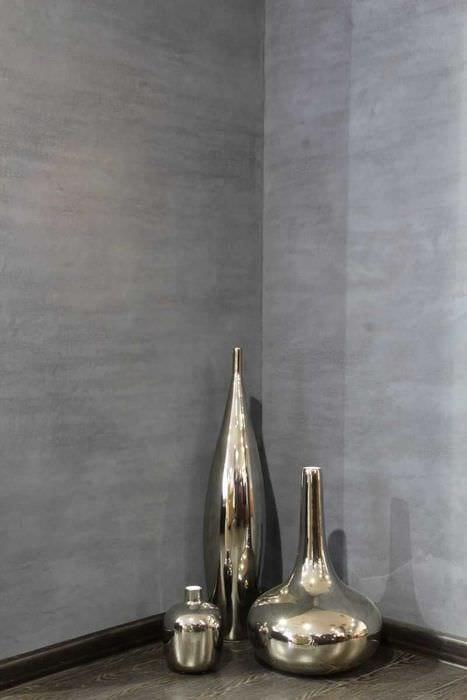 вариант оригинальной декоративной штукатурки в интерьере гостиной под бетон