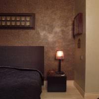вариант яркой декоративной штукатурки в дизайне спальни картинка