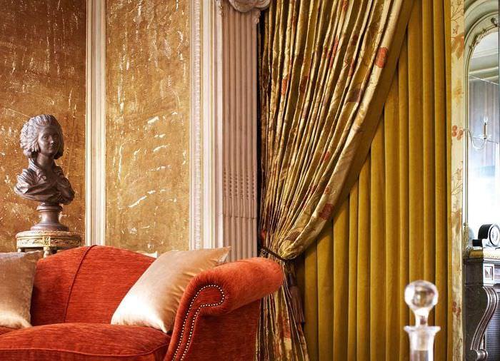 вариант красивых декоративных штор в дизайне квартиры
