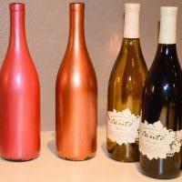 вариант красивого декорирования стеклянных бутылок красками фото