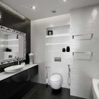 вариант яркого дизайна белой ванной фото