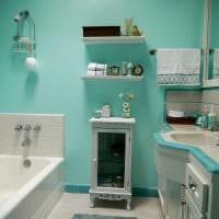 идея необычного интерьера белой ванной комнаты картинка