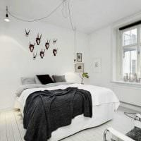 идея необычного дизайна спальни в белом цвете фото