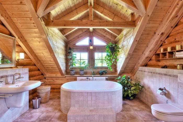 идея необычного стиля ванной в деревянном доме
