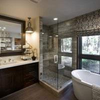 вариант современного дизайна ванной с окном фото