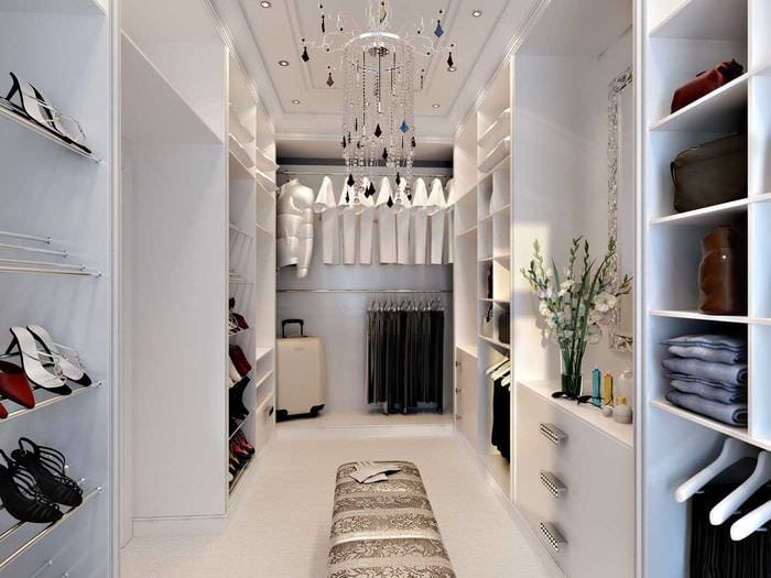 вариант необычного интерьера гардеробной комнаты