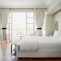 вариант красивого интерьера белой спальни фото