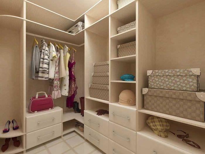 идея яркого дизайна гардеробной комнаты