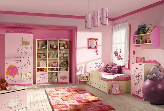 вариант необычного стиля детской комнаты для девочки