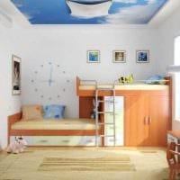 вариант яркого декора детской комнаты для двух мальчиков фото