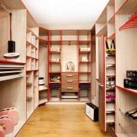 вариант современного интерьера гардеробной комнаты фото