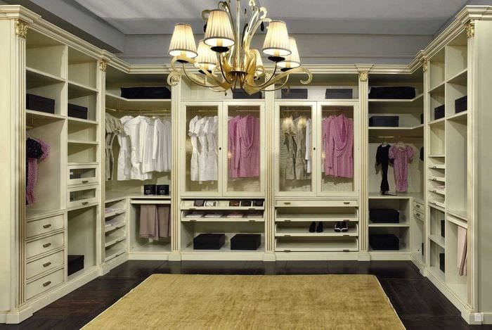 вариант современного дизайна гардеробной