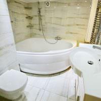 пример яркого стиля ванной 5 кв.м картинка