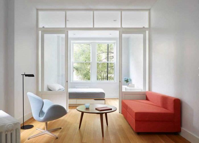пример светлого стиля гостиной комнаты 2018