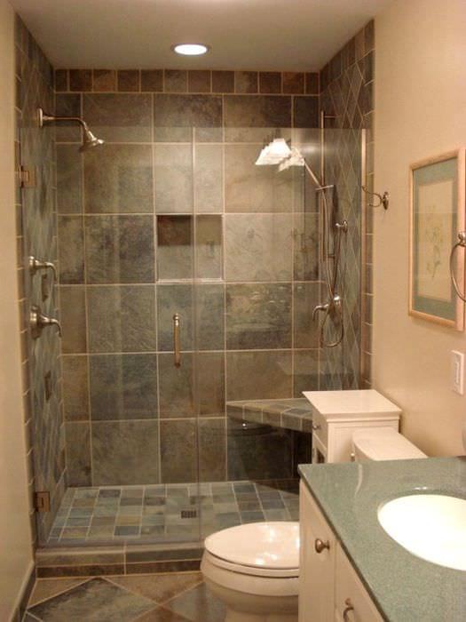 пример красивого стиля ванной комнаты в бежевом цвете