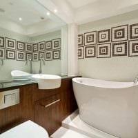 пример яркого стиля ванной комнаты 5 кв.м картинка