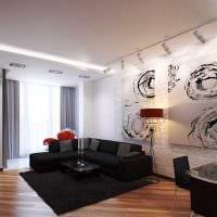 пример светлого декора гостиной комнаты с эркером фото