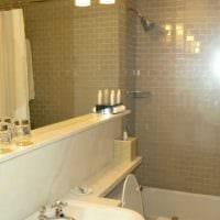 идея яркого интерьера ванной комнаты 2.5 кв.м картинка