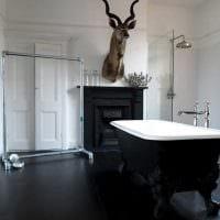 вариант необычного интерьера ванной в черно-белых тонах фото