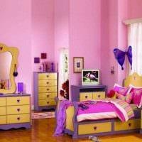 идея яркого стиля детской комнаты для девочки фото