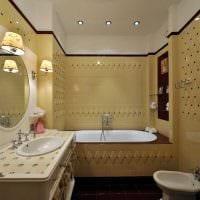 вариант светлого интерьера ванной в классическом стиле фото