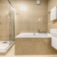 пример светлого интерьера ванной комнаты в бежевом цвете фото