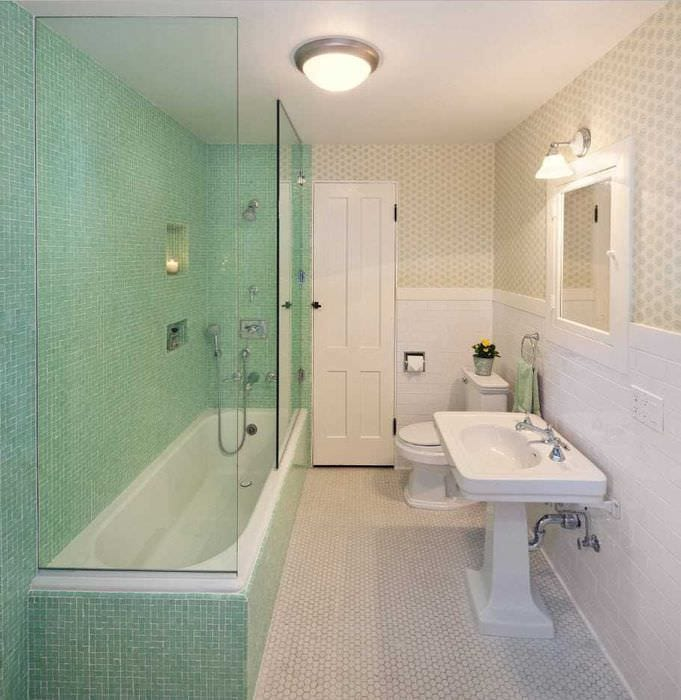 вариант яркого дизайна ванной комнаты 2017
