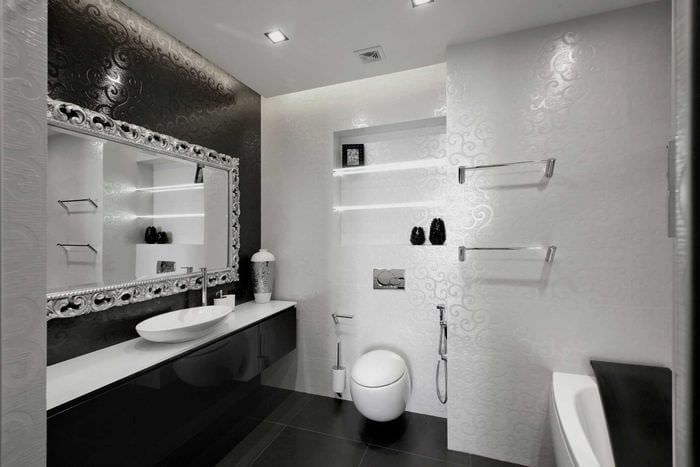 вариант яркого интерьера ванной в черно-белых тонах