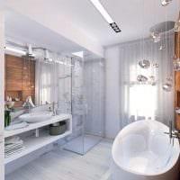 идея необычного дизайна ванной комнаты с окном фото