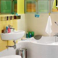 идея необычного интерьера ванной комнаты с угловой ванной фото