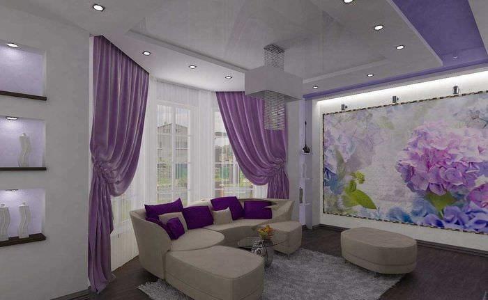 пример красивого интерьера гостиной комнаты с эркером