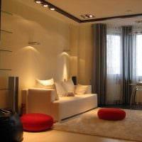 вариант светлого интерьера гостиной с эркером картинка