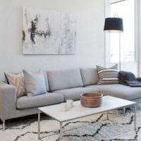 вариант яркого интерьера гостиной комнаты 2018 фото