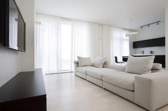 дизайн гостиной с одним окном фото скрывают своих чувств