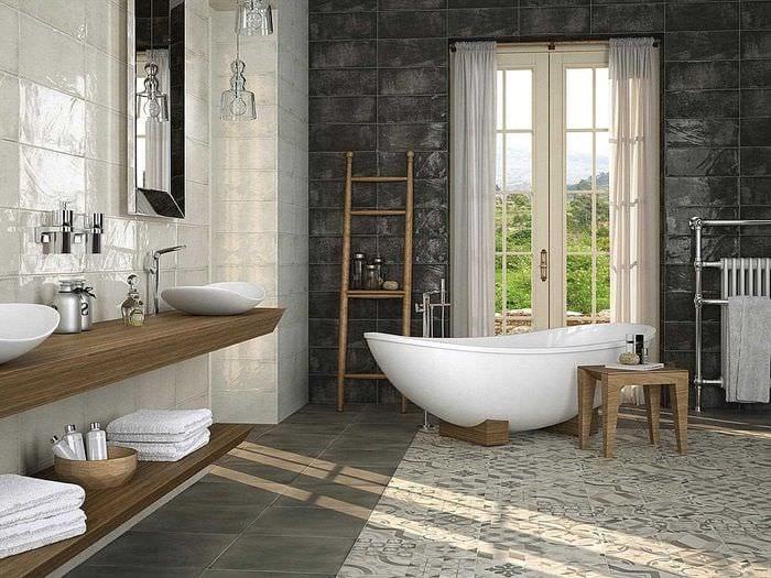 вариант необычного стиля большой ванной