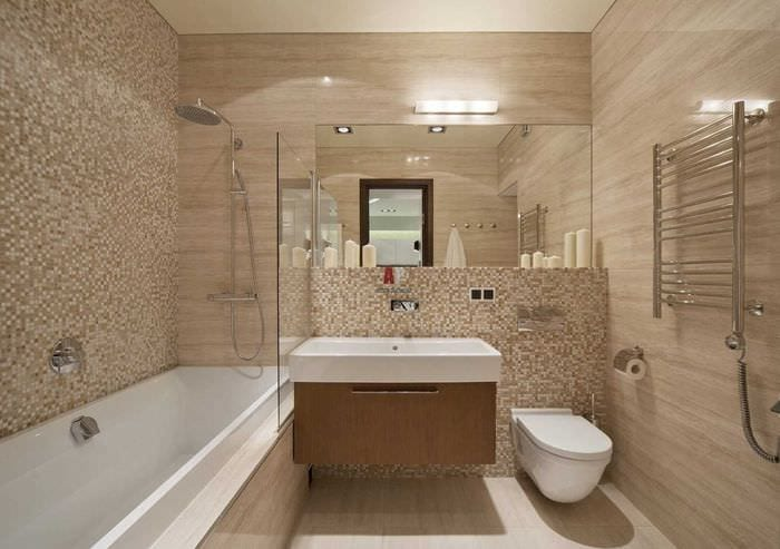 вариант яркого интерьера ванной 2020