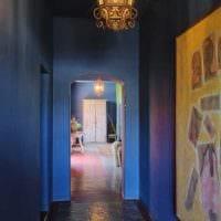 вариант применения интересного голубого цвета в стиле квартиры фото