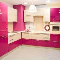 пример применения розового цвета в ярком декоре квартире картинка