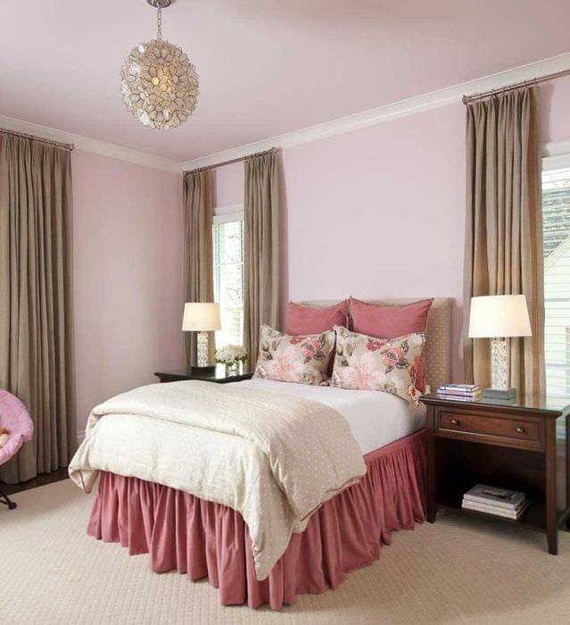 пример использования розового цвета в ярком дизайне квартире