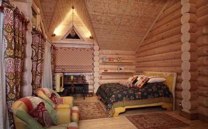 вариант использования русского стиля в ярком интерьере квартире