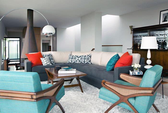 вариант использования необычного интерьера комнаты в стиле ретро