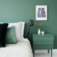 вариант применения зеленого цвета в необычном дизайне квартиры фото