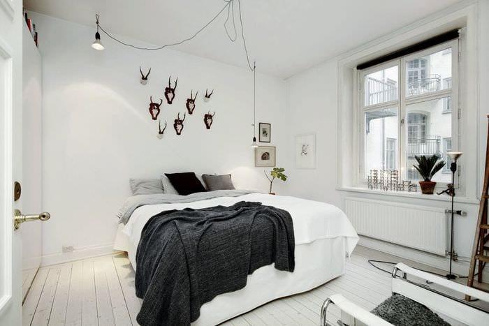 вариант яркого декора комнаты в скандинавском стиле