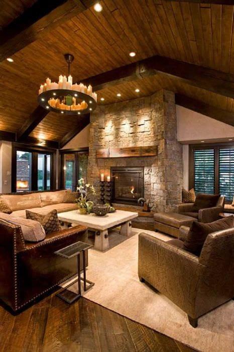 вариант светлого дизайна дома в романском стиле