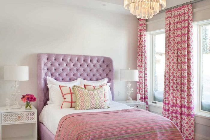 одну розовые обои в спальне фото теперь молодом человеке